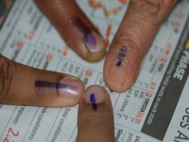 Maharastra Elections 2019: जानिए महाराष्ट्र की 10 सीटों के रोचक मुकाबले, जहां हो रही वोटिंग