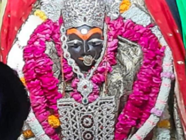 Chaitra Navratri 2019: मैहर में मां शारदा के दर्शन के लिए उमड़े श्रद्धालु, देखें VIDEO