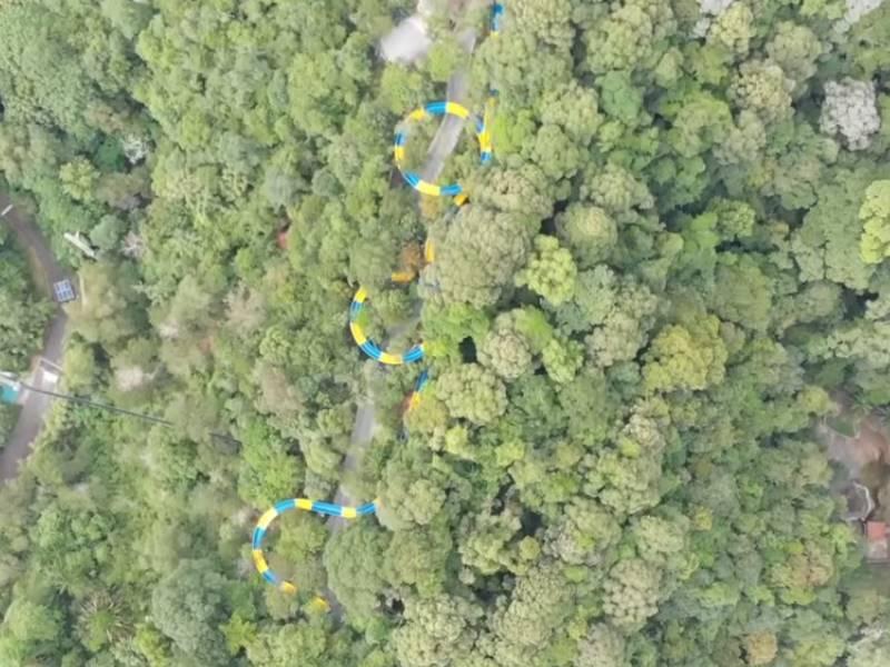 दुनिया की सबसे लंबी वॉटर स्लाइड में लगेंगे चार मिनट, दिखेगा पूरा जंगल