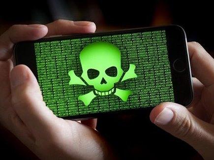 बेहद खतरनाक हैं ये ऐप्स, बचाना है अपना स्मार्टफोन तो तुरंत कर दें डिलीट