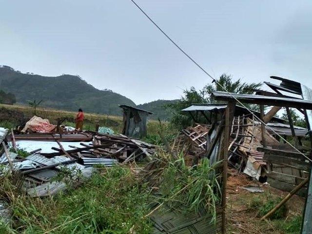 मणिपुर और मिजोरम में तूफान ने बरपाया कहर, तीन महिलाओं की मौत और कईं घर तबाह