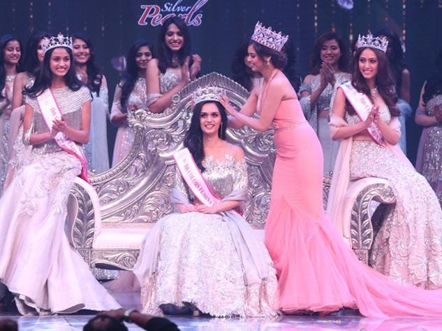 हरियाणा की मनुषि चिल्लर बनी मिस इंडिया 2017, देखिए तस्वीरें