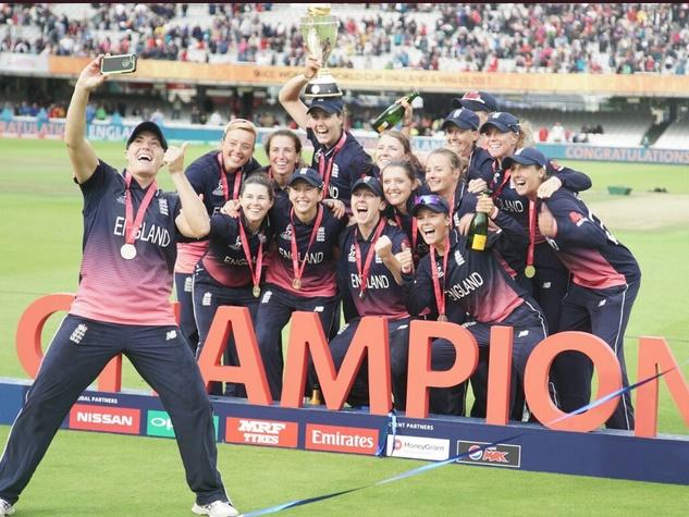 तस्वीरों में देखिए इंग्लैंड की विश्व कप खिताबी जीत