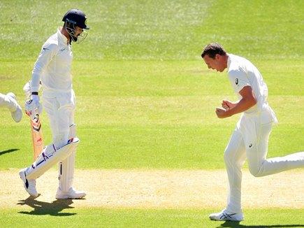Ind vs Aus Sydney Test Live: भारत को तीसरा झटका, कोहली आउट, जानिए ताजा स्कोर