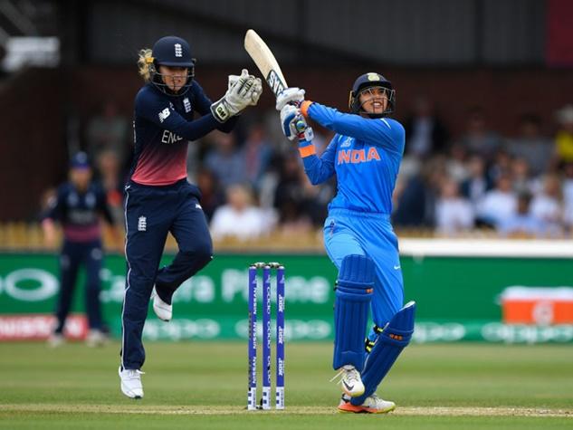 भारत की महिला विश्व कप में धमाकेदार शुरुआत, तस्वीरों में जाने मैच का हाल