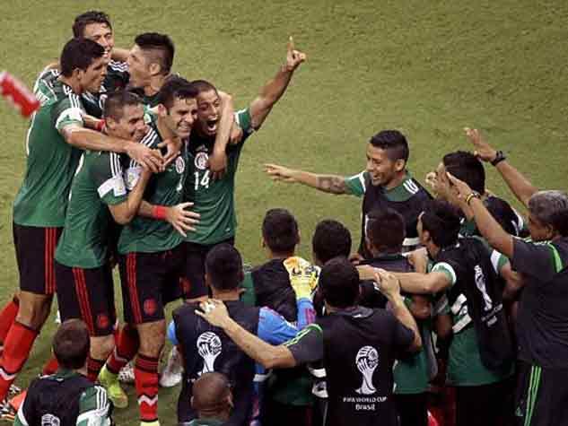 शाही अंदाज में जीता मैक्सिको