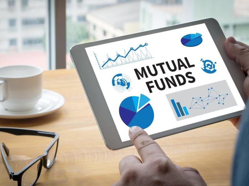 Mutual Funds: अनिश्चितता के माहौल में भी म्यूचुअल फंड पर भरोसा कायम
