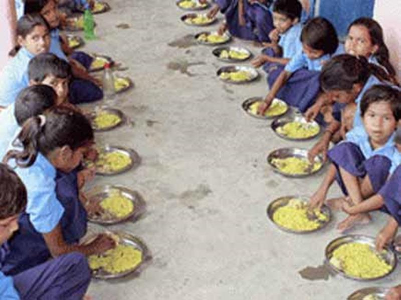 Korba News : 12 वीं तक की कक्षाओं में भी बंटेगा मध्याह्न भोजन