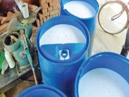 Milk Adulteration: यहां डेयरियों पर खुलेआम बन रहा डिब्बे के दूध से मावा