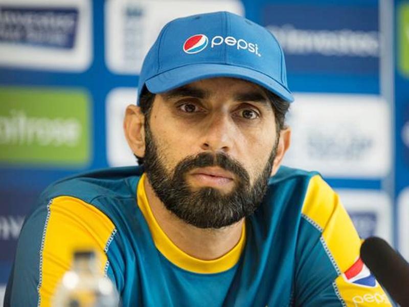 Pakistan Coach Misbah ul Haq unhappy with players: पाकिस्तान के इन सीनियरों से परेशान हैं कोच मिस्बाह
