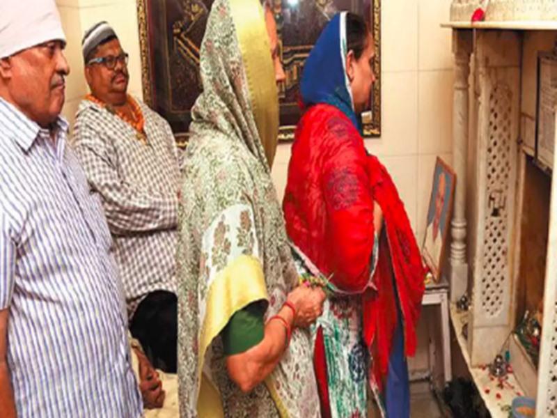 गुजरात का यह मोदी परिवार 125 साल से कर रहा इस्लाम की इबादत