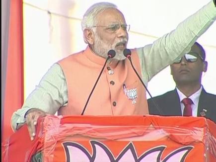 नीच बोल: सूरत में PM मोदी ने कहा- गुजरात की जनता देगी जवाब