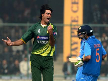 mohammad irfan to return to pakistan due to mothers death