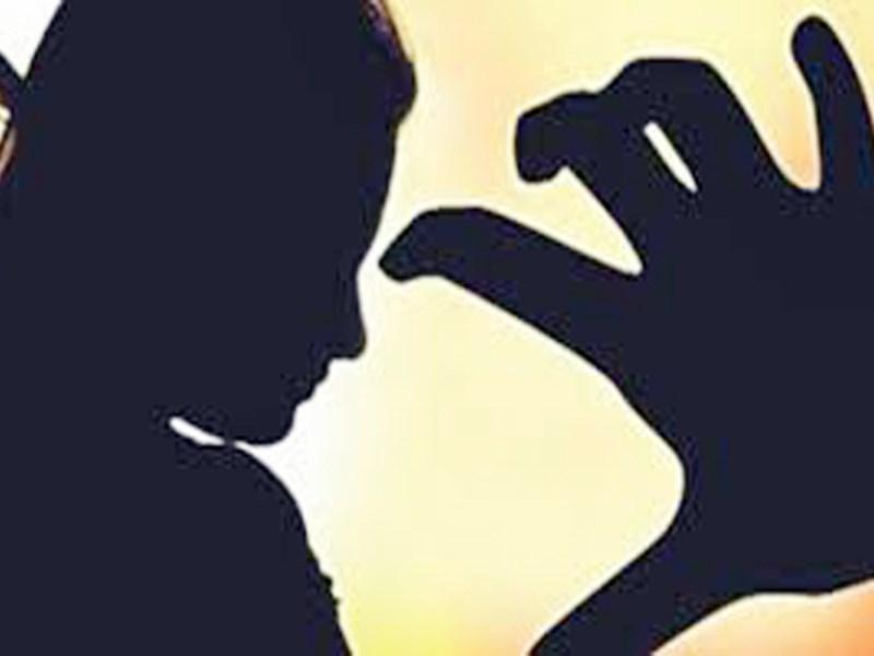 मां ने नाबालिग बेटी को देह व्यापार में धकेला, पति और भाई ने भी किया दुष्कर्म