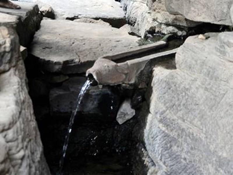 पानी की पाइप लाइन साक्षी है राजा मानसिंह तोमर और मृगनयनी के अमर प्रेम की