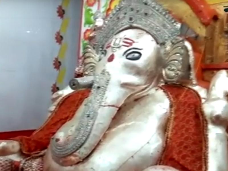 Ganesh Utsav 2019 : MP के नलखेड़ा में आकर्षण का केंद्र है गोबर गणेश मंदिर