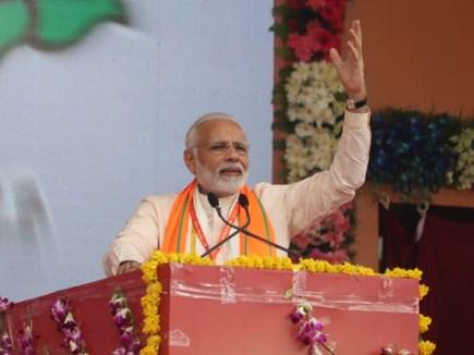 भाजपा महाकुंभ : देश के बाहर गठबंधन कर रही है कांग्रेस - नरेंद्र मोदी