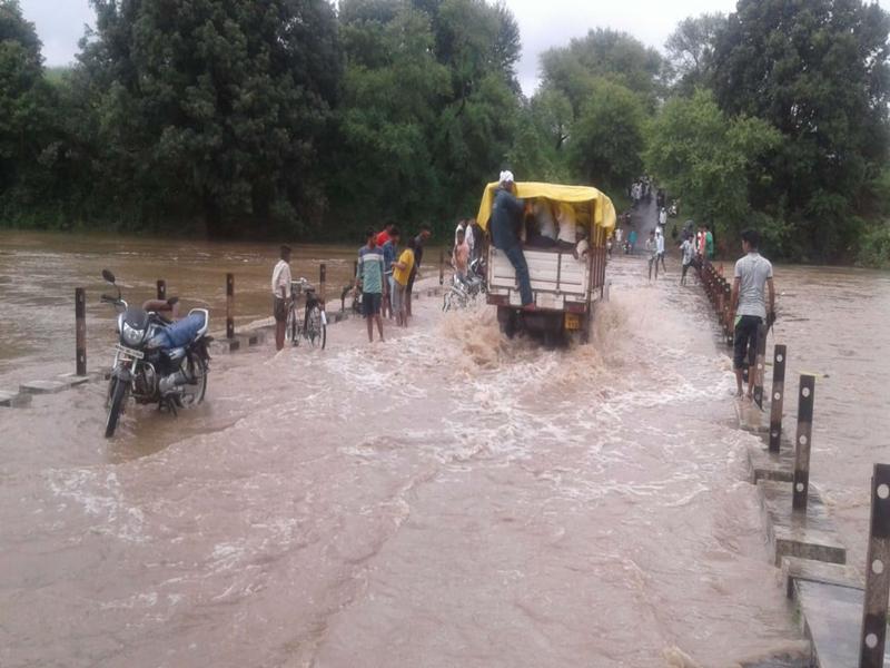 Rain in Madhya Pradesh :  महाकोशल-विंध्य में झमाझम बारिश से नदी-नाले उफान पर, कई मार्ग बंद