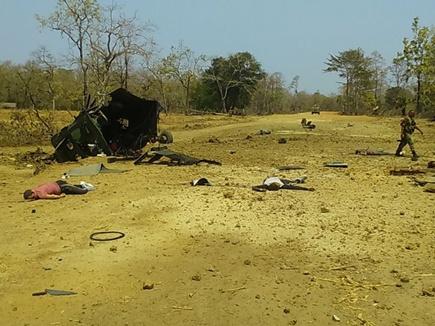 नक्सल हमला : तीन किलोमीटर दूर तक सुनाई दी धमाके की आवाज