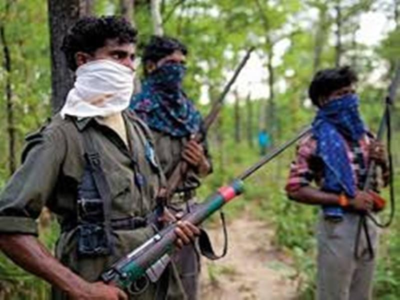 भीमा मंडावी की हत्या में शामिल कमांडर को नक्सलियों ने ही मौत के घाट उतारा