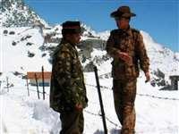 India-China: लद्दाख में चीनी सेना ने तैनात किए तोपें और बड़े युद्धक वाहन, भारत भी तैयार