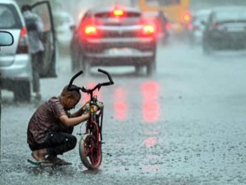 Weather Alert : जुलाई में 10% कम हुई बारिश, जानिए इस महीने कैसा रहेगा मानसून
