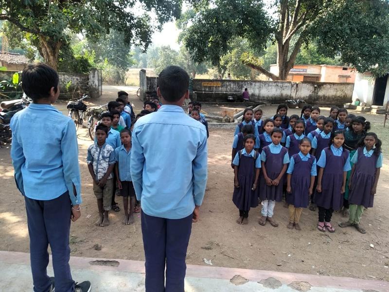 Respect of Constitution : स्कूल में आठ साल से राष्ट्रगान के बाद पढ़ते हैं संविधान की प्रस्तावना