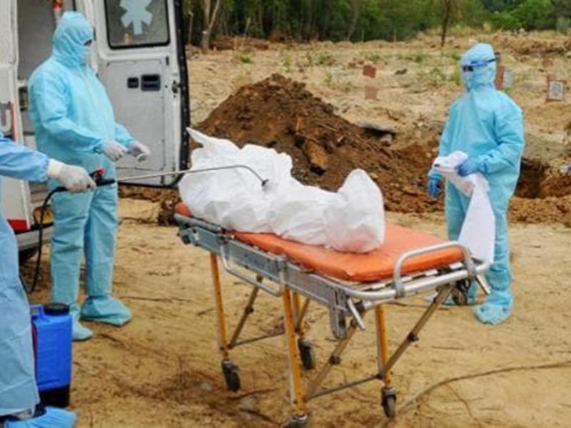 कर्नाटक सरकार का फैसला, बेंगलुरु में शहर में नहीं दफनाए जाएंगे कोरोना संक्रमितों के शव