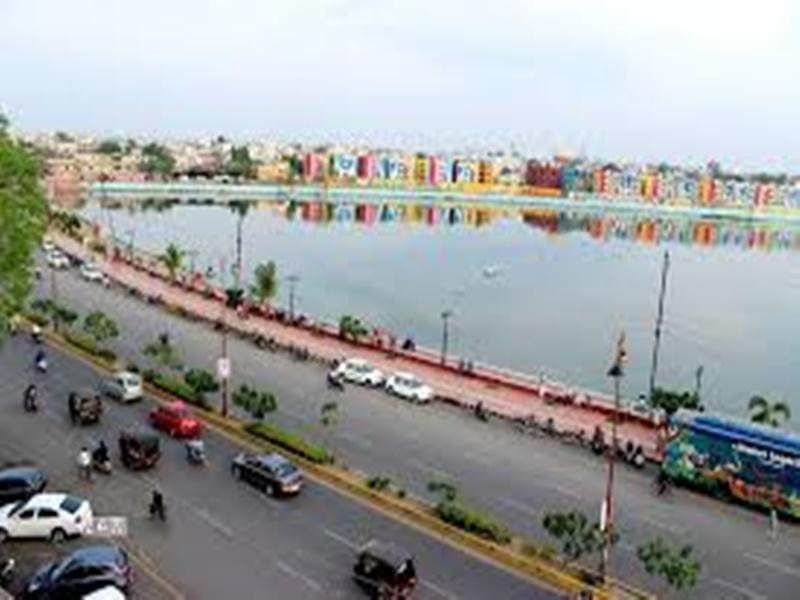 Raipur News: मरीन ड्राइव की मरम्मत का काम ठप, अनुबंधित कंपनी ने काम रोका