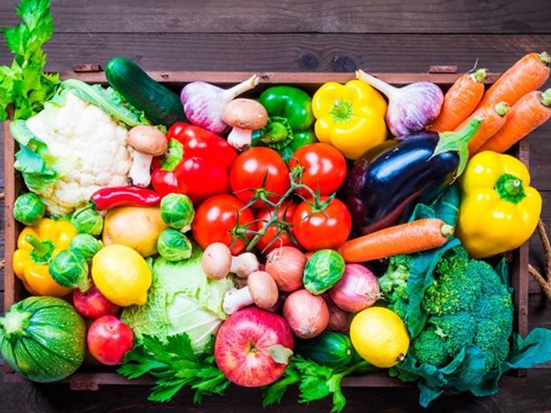 पूरे साल काबू में ही रहेंगे प्याज व टमाटर के भाव, केला और सेब के साथ तरबूज का रिकॉर्ड उत्पादन