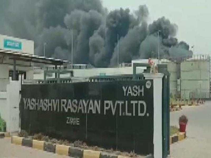 Gujarat News : गुजरात के भरुच में केमिकल कंपनी में ब्लास्ट, आग लगने से 8 की मौत, 50 से अधिक झुलसे