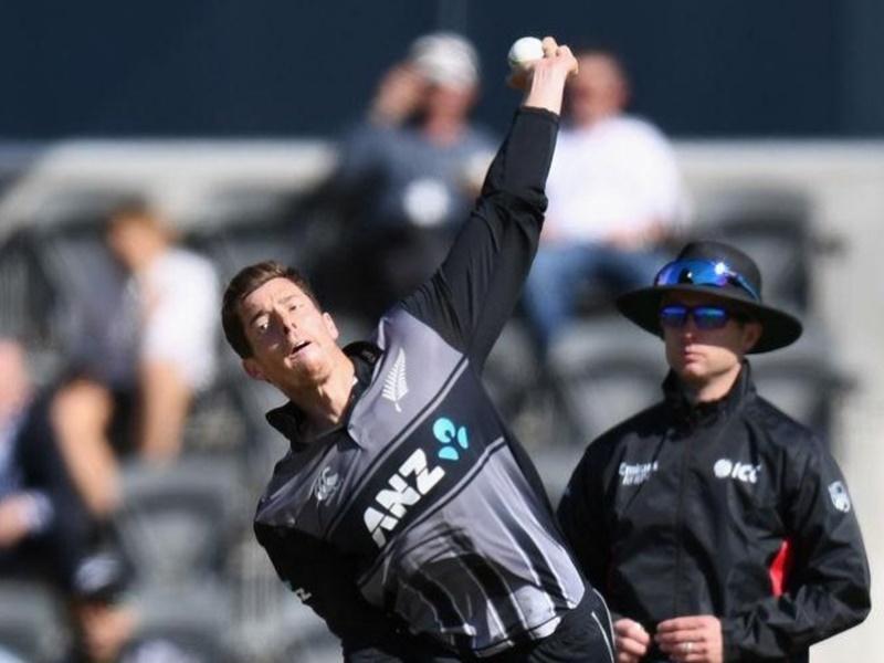 New Zealand vs England 2nd T20 : सेंटनर और नीशम ने न्यूजीलैंड को सीरीज में दिलाई बराबरी