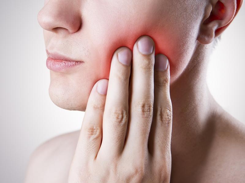 Cancer Alert: सिर और गर्दन में होता है यह कैंसर, जानिए इलाज का कारगर तरीका