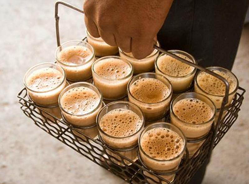 कितनी चाय दूं साहब! चलती कोर्ट में जज से ही पूछ बैठा चाय बेचने वाला बाल श्रमिक