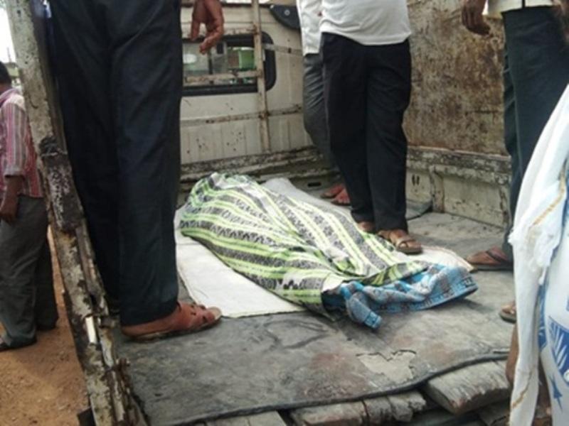 Raigarh Crime : अर्धनग्न लाश मिलने से फैली सनसनी, हत्या की आशंका