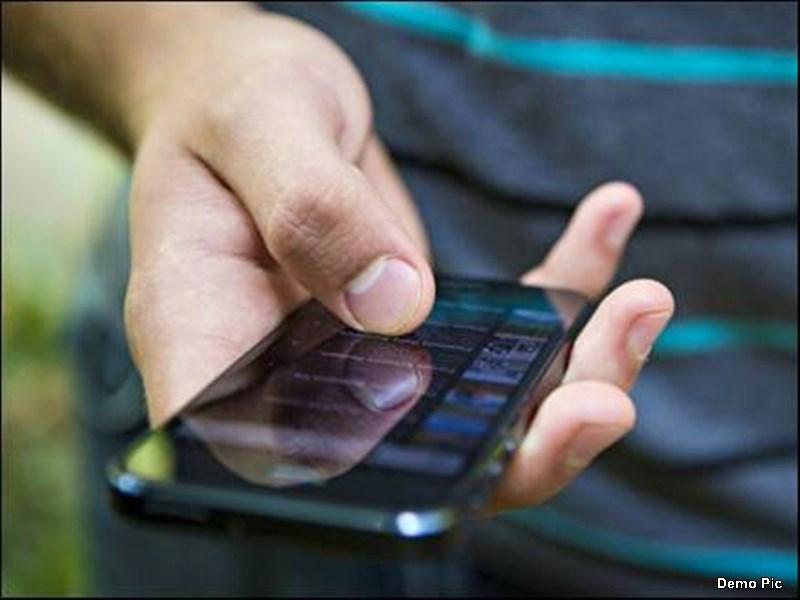 कांग्रेसियों ने कार्रवाई रुकवाने लगाए फोन, अधिकारियों ने मोबाइल बंद कर तुड़वाया अवैध निर्माण