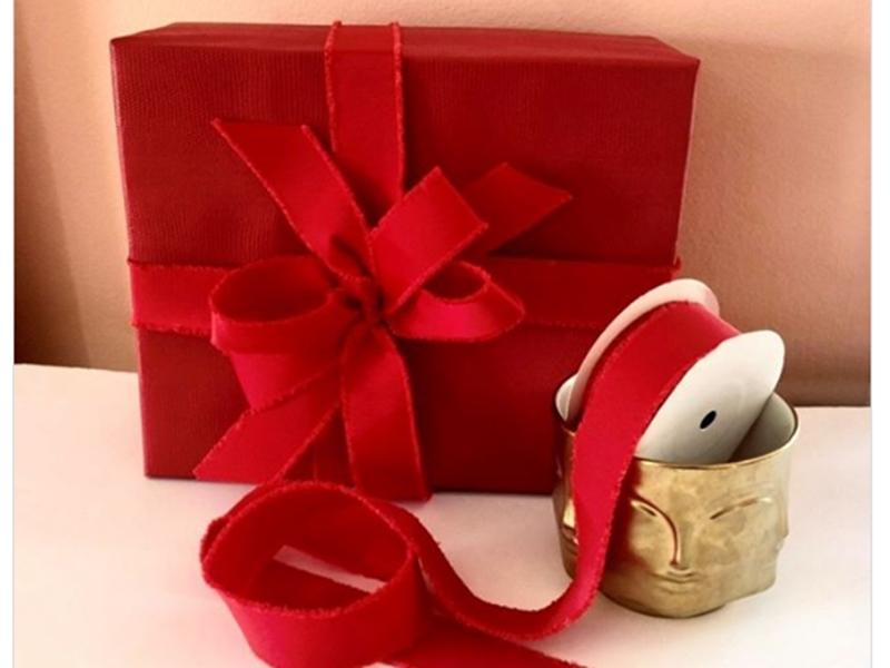 Valentine Day 2020 Gift Ideas: Rose Day पर अपने प्यार को दे सकते हैं ये खास गिफ्ट्स