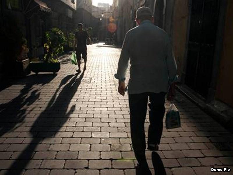 मध्यप्रदेश में बुजुर्गों की सेवा-सम्मान के खातिर कारोबारियों ने छोड़ा मुनाफा