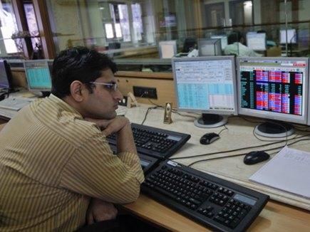 गिरावट के साथ खुला भारतीय शेयर बाजार रिकॉर्ड स्तर पर हुआ बंद