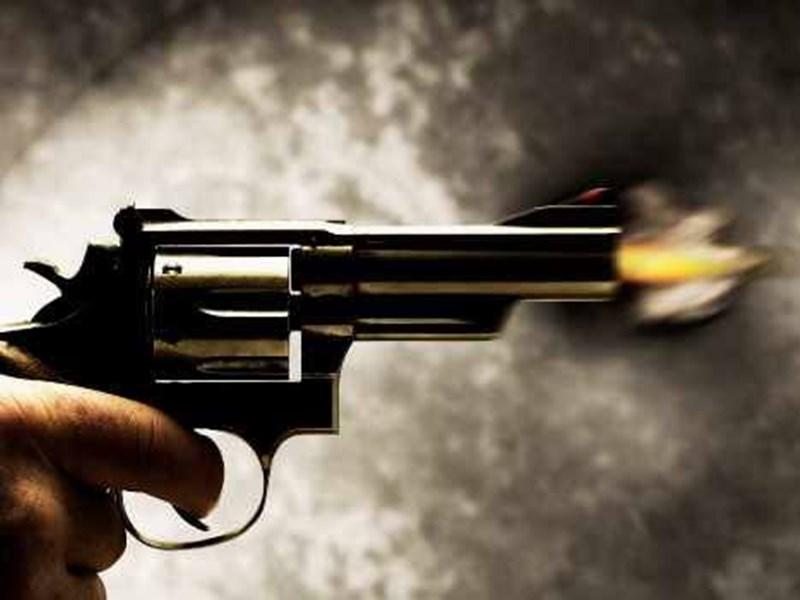 एक और वारदात: अब गाजियाबाद में दिन दहाड़े 2 बाइक सवार बदमाशों ने महिला को गोली मारी, हालात गंभीर