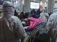 न्यूयॉर्क कैथेड्रल को अस्पताल में बदला गया, मुर्दाघरों में शवों की बाढ़