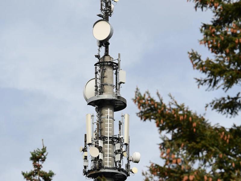 5जी और कोरोना वायरस के बीच संबंध होने की अफवाह उड़ी, लोगों ने तोड़े मोबाइल मास्ट्स