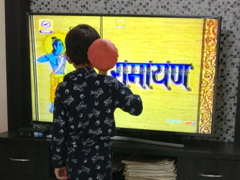 Doordarshan पर भड़के दर्शक, Ramayan के सीन काटे जाने पर बोले - दिखाना है तो ढंग से दिखाओ