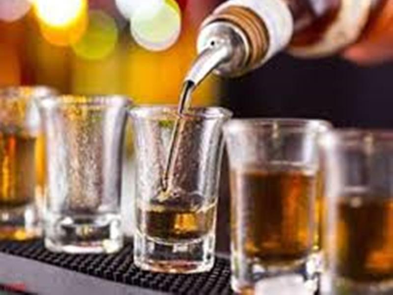 Bilaspur News : रेत के घाटों पर शराब के ठेकेदारों का कब्जा