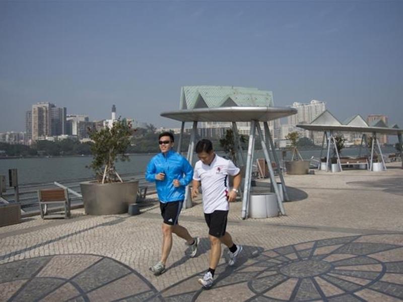 पैदल चलने से आपकी ही नहीं देश की भी सुधर सकती है अर्थव्यवस्था की सेहत, जानिए कैसे