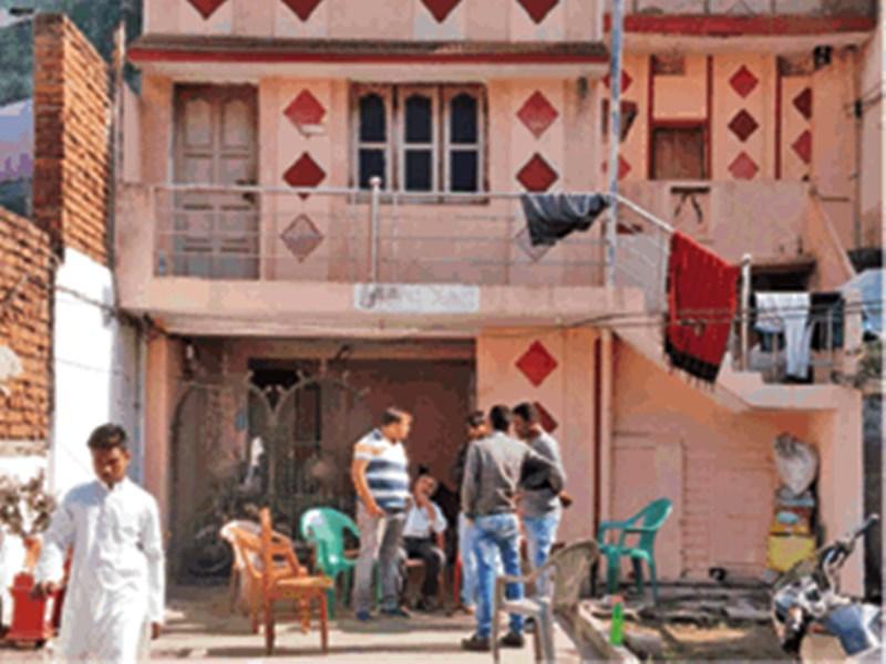 Pirates kidnap Indians : समुद्री लुटेरों से रायपुर के तिवारी दंपती को छुड़ाने को सरकार ने साधा दूतावास से संपर्क