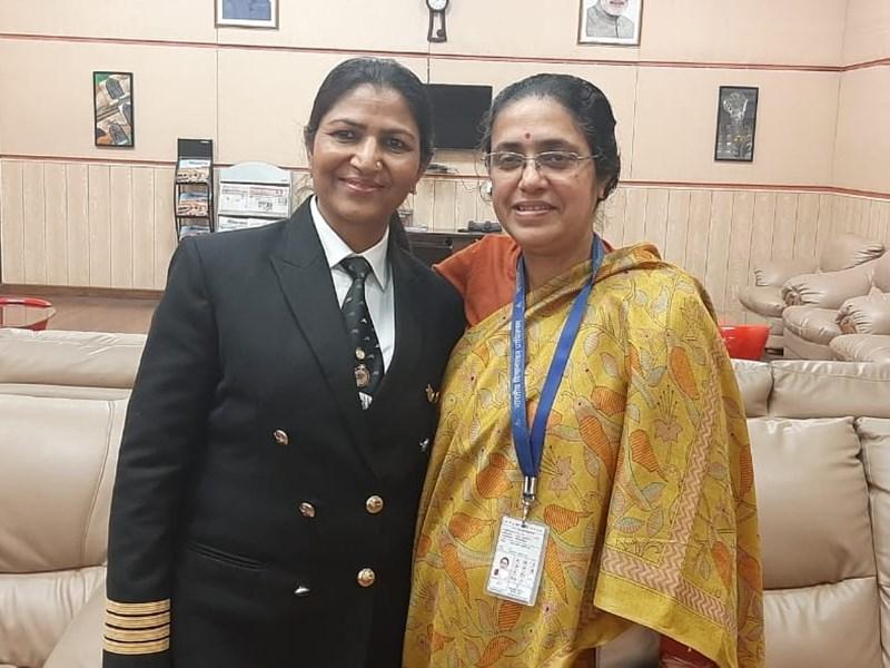 Women's Day 2020 : ड्राइविंग से पहले पा लिया कमर्शियल पायलट का लाइसेंस