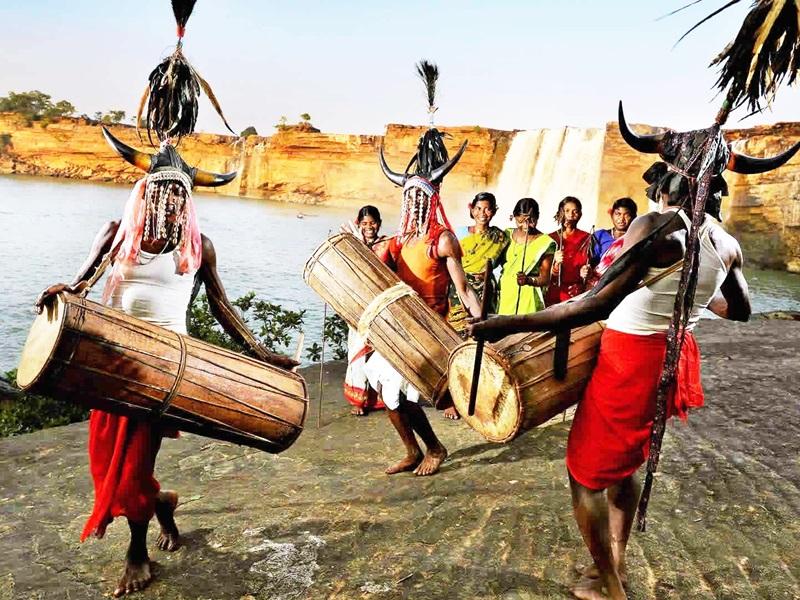 Coronavirus in Dantewada : कोरोना ने आदिवासियों के परंपरागत आखेट पर लगाई रोक