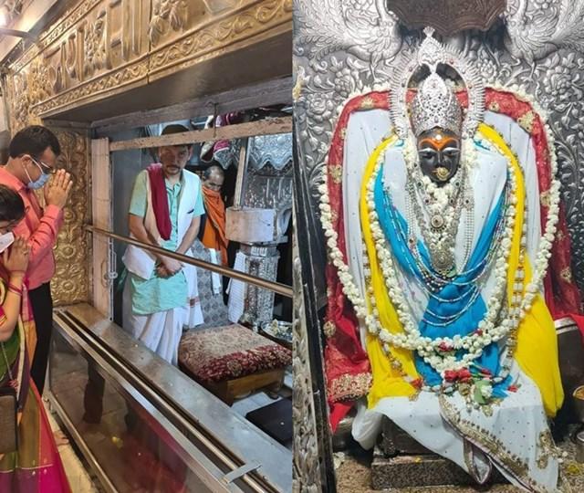 सुबह पांच बजे खुले मैहर में मां शारदा देवी मंदिर के पट