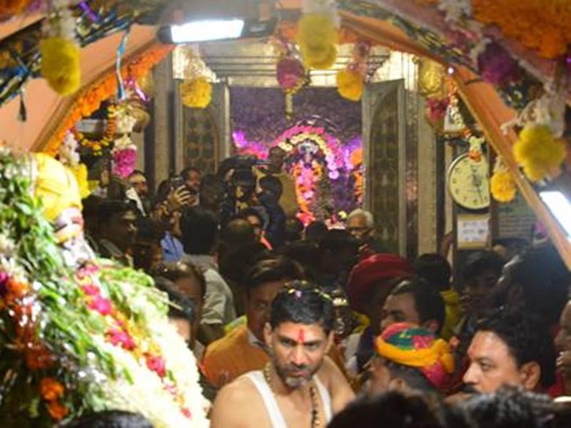Baikunth Chaturdashi 2019: बैकुंठ चतुर्दशी को होता है हरी-हर मिलन, शिवजी सौंपते हैं श्रीहरी को सृष्टि का राजपाठ